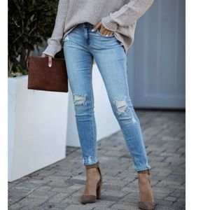 LENA Mid-Rise Distressed Skinny Jeans